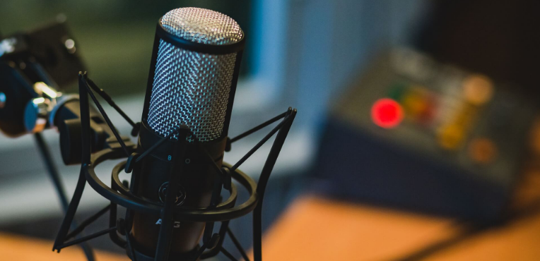 Podcasters go for Podcast app development TRooTech Business Solutions