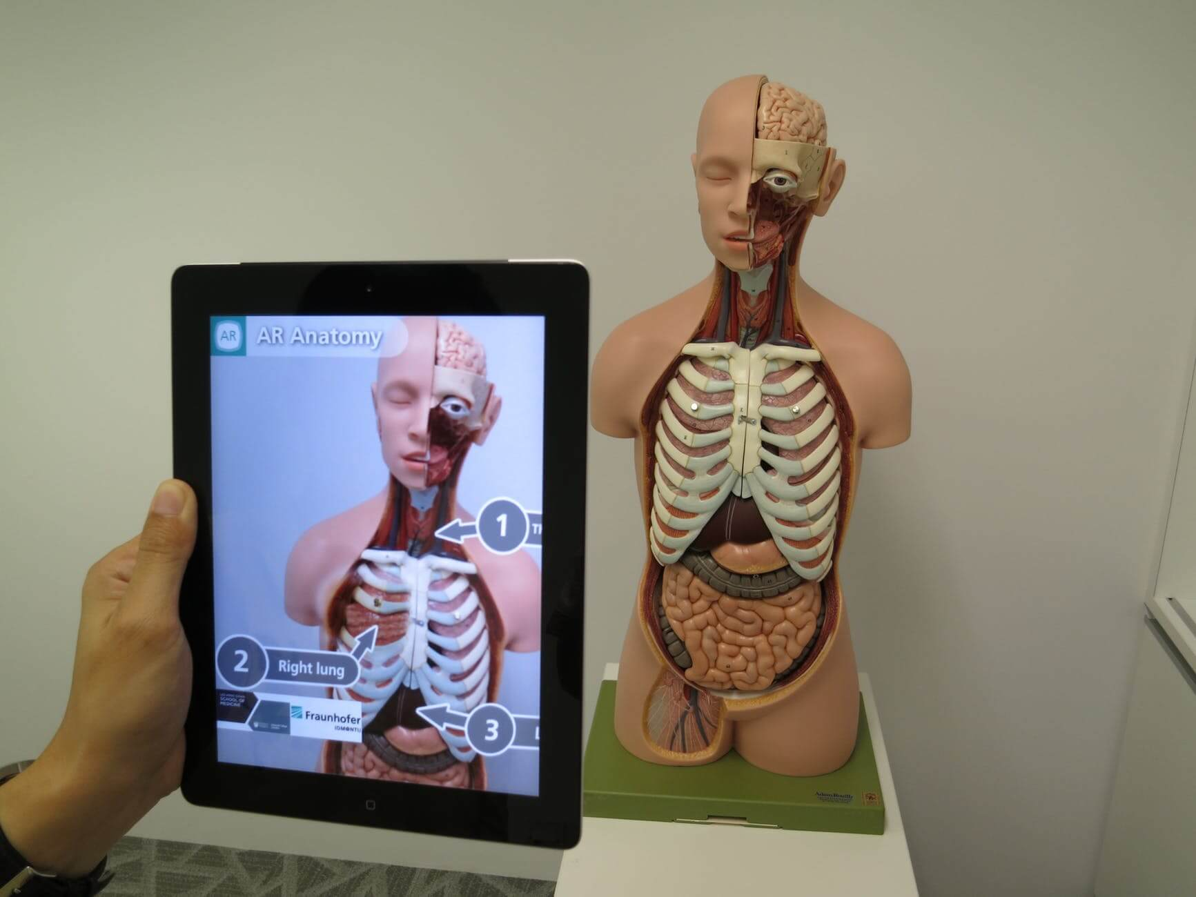 Augmented reality trends in healthcare