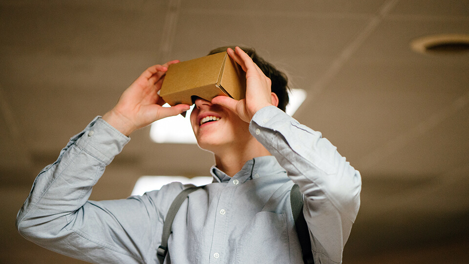 VR Cardboard Applications- TRooTech Business Solutions